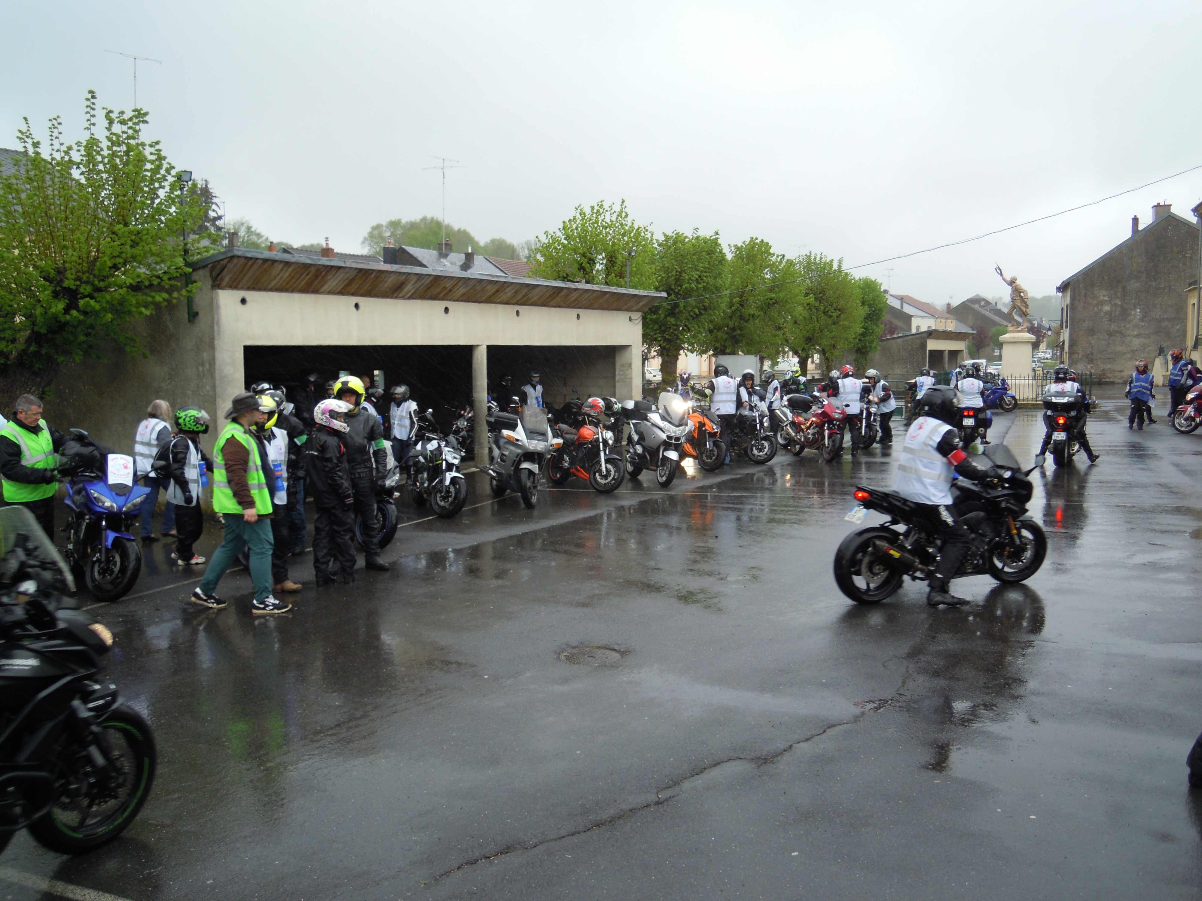 65 motards à PURE le samedi 27 avril.